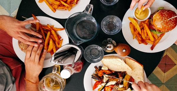 Comida en un restaurante/ Unsplash