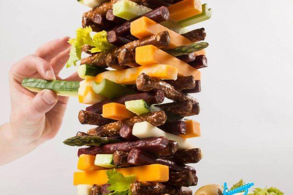 Food Jenga, la tendencia de jugar con la comida