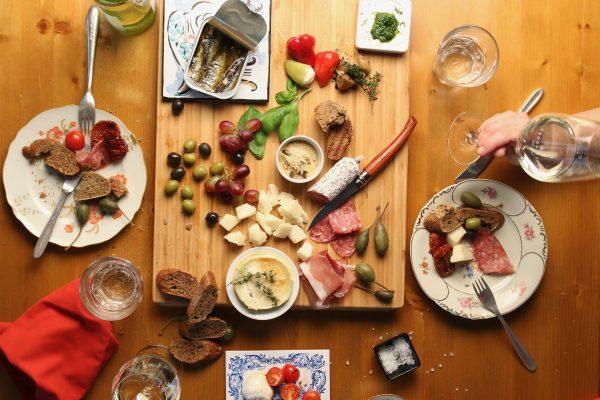 Del aperitivo de domingo al cocido madrileño ¿dónde conseguir la mejor comida tradicional de Madrid?
