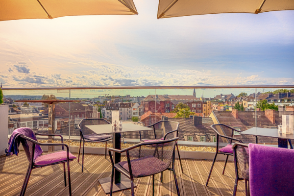 Terrazas aclimatadas: tres opciones en exteriores con cocina de alto nivel